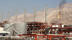 Газовое месторождение рядом с иранским городом Эселуйе на севером побережье Персидского залива. Архивное фото
