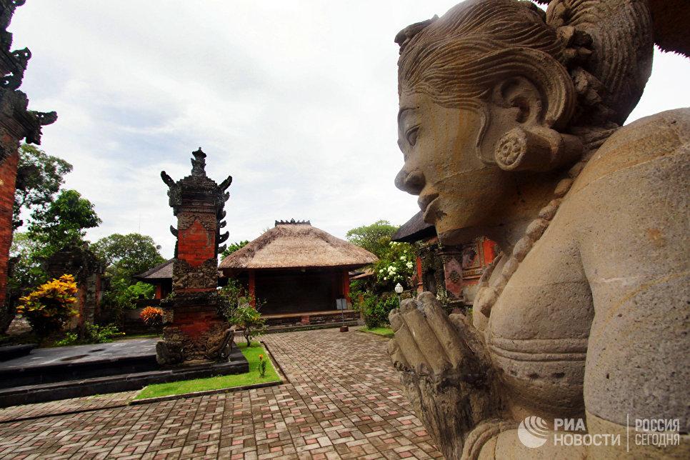 Храм Бесаких. Остров Бали.