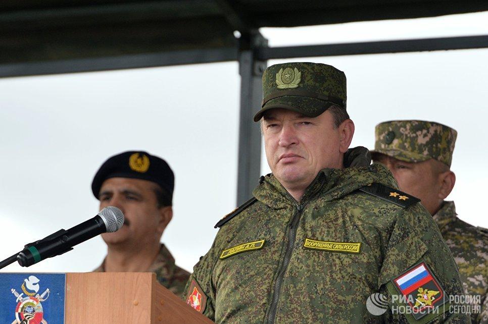 Командующий войсками Центрального военного округа генерал-лейтенант Александр Лапин