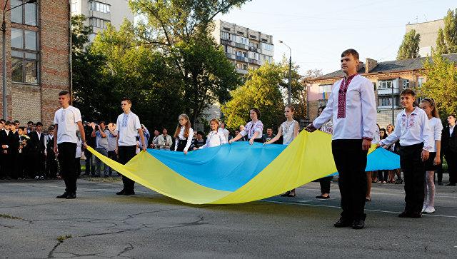 Вкиевской школе прошел урок «воинской доблести» дивизииСС «Галичина»