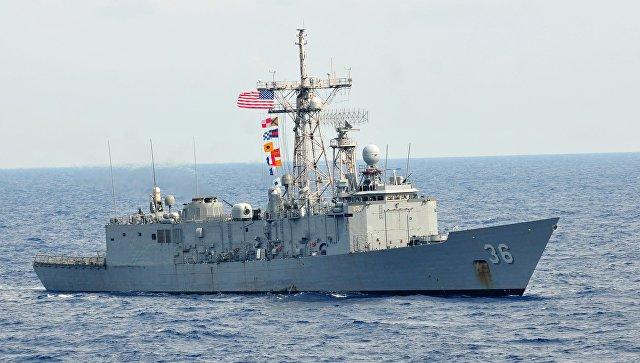 Фрегат ВМС США Андервуд типа Oliver Hazard Perry. Архивное фото