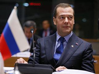 Председатель правительства РФ Дмитрий Медведев на первом пленарном заседании 12-го саммита Европа – Азия (АСЕМ) в Брюсселе