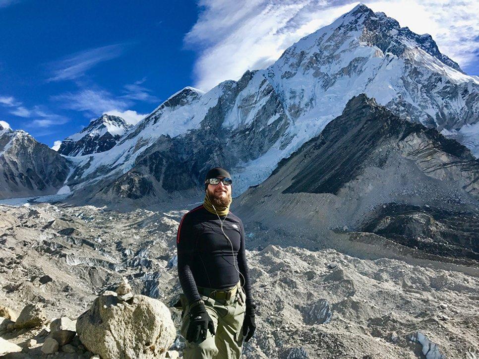 Восхождение к базовому лагерю Эвереста.