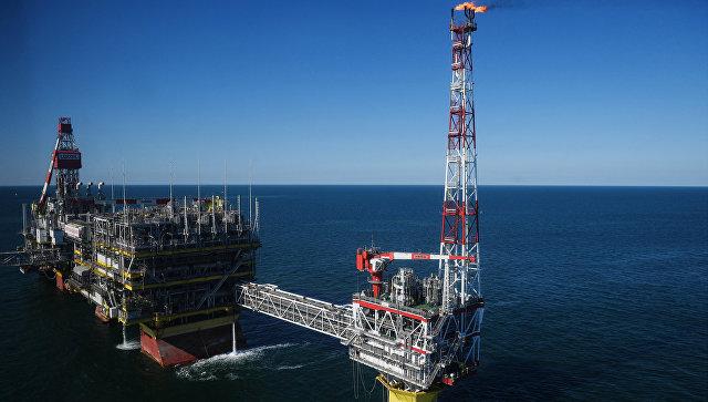Нефтяное месторождение имени Филановского в Каспийском море. Архивное