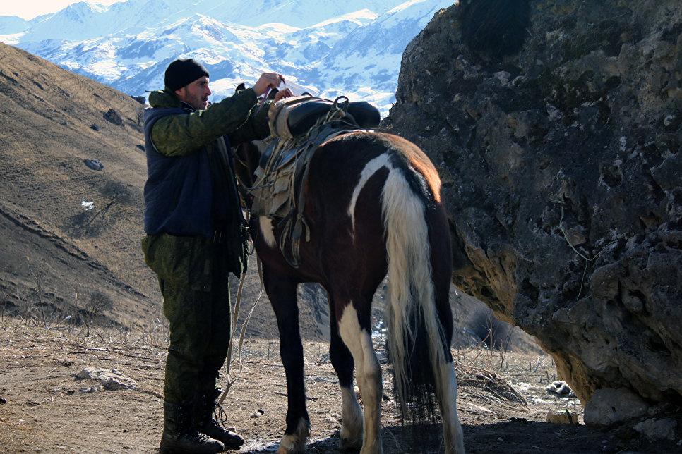 Гостеприимный Заур, встретившийся на на пути в Верхней Балкарии.