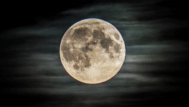 Телескоп для изучения Вселенной предложили построить на темной стороне Луны