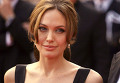 Анджелина Джоли