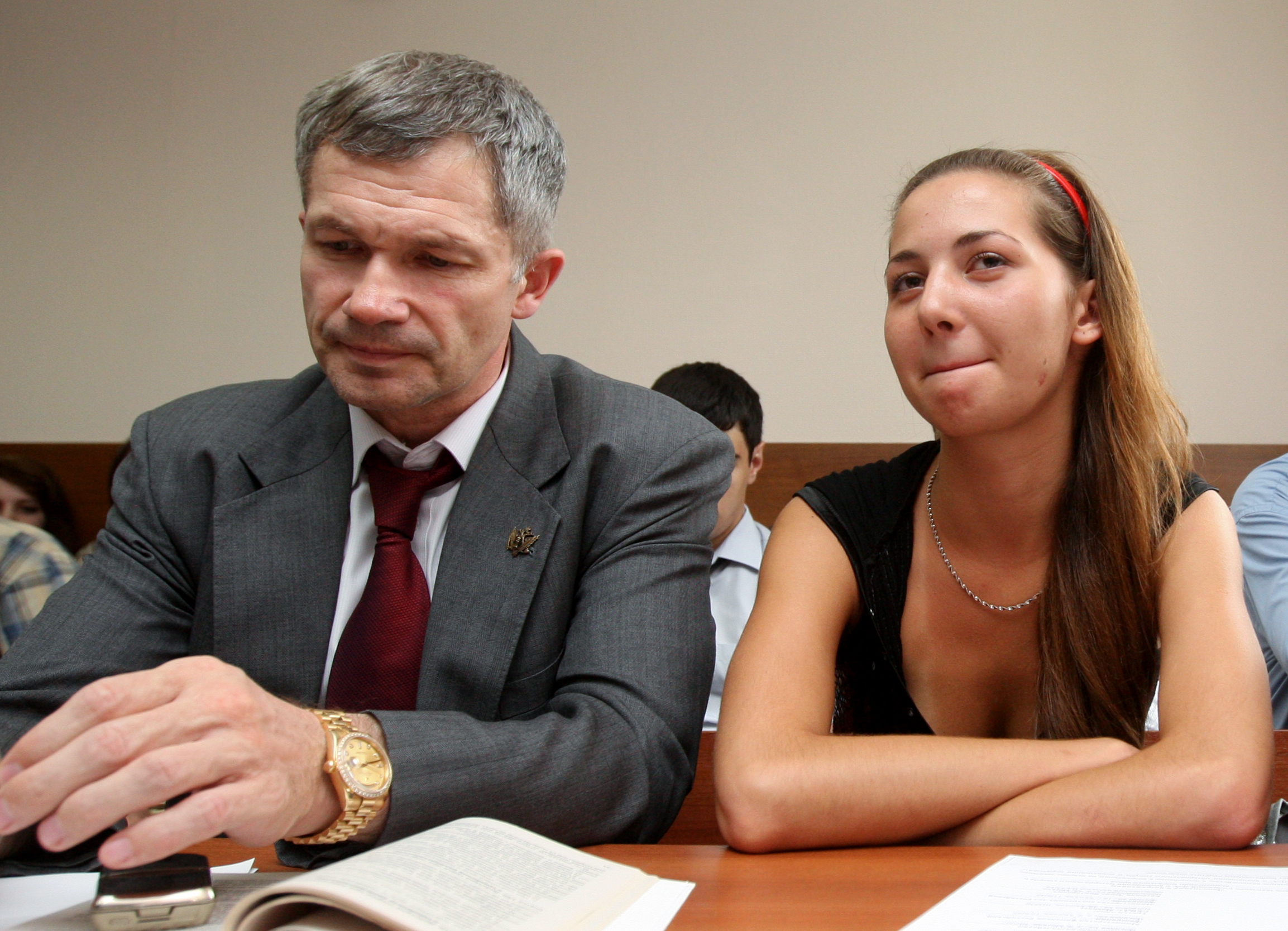 Нагатинский суд Москвы рассматривает иски пострадавших от действий майора милиции Д.Евсюкова