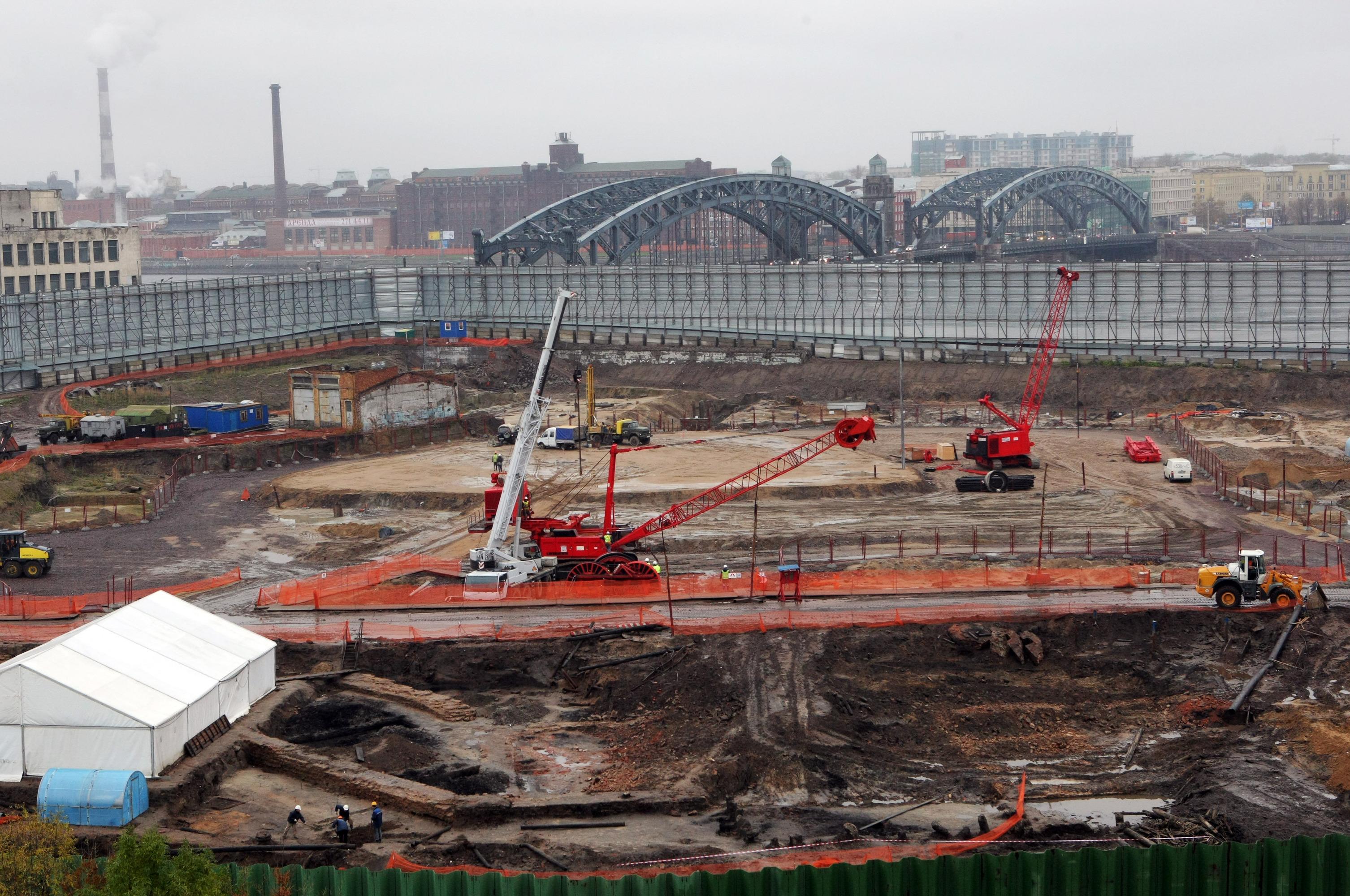 Остановленное строительство делового центра Охта-центр в Санкт-Петербурге