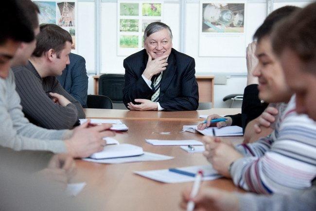 Встреча гроссмейстера Анатолия Карпова с кандидатами на участие в проекте «Марс-500»