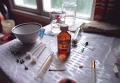 В притоне наркоманов