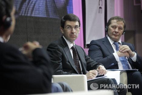 Игорь Щеголев и Михаил Гришанков на Первом российском форуме по управлению Интернетом