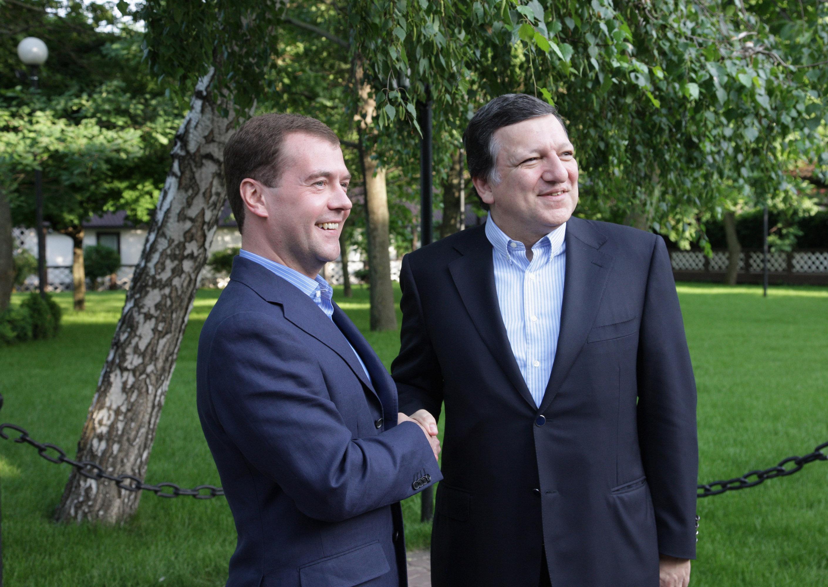 Дмитрий Медведев и Жозе Мануэль Баррозу перед неформальным обедом