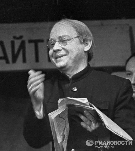 Артист Олег Табаков
