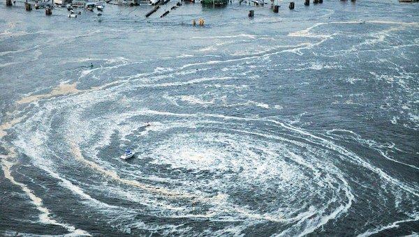 Последствия землетрясения и цунами в японском городе Оарай