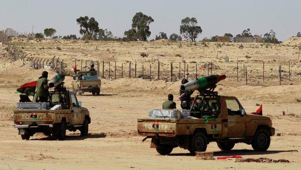 Мятежники занимают позиции близ Адждабии