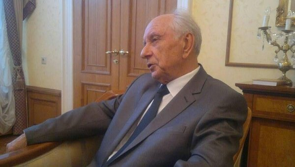 Генерал-майор СВР в отставке Лев Соцков.