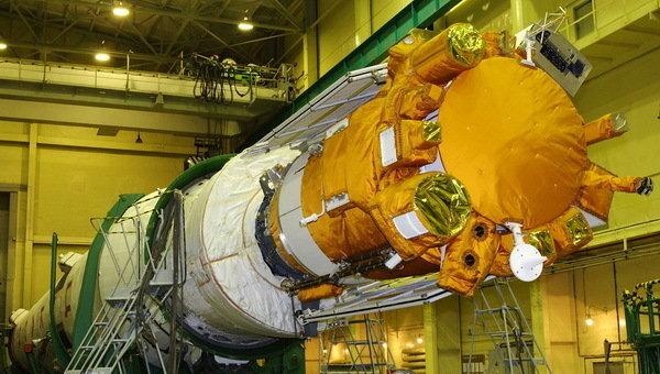 Коронас-Фотон перед запуском. Архив