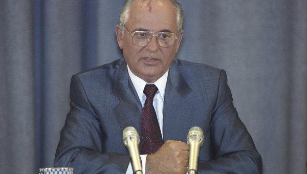 Президент СССР Михаил Горбачев на пресс-конференции после подавления августовского путча. Архивное фото