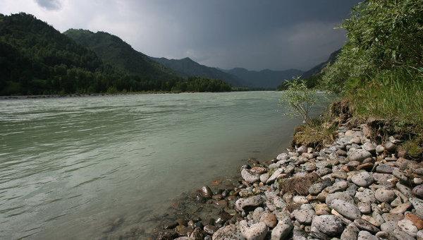 Республика Алтай. Виды реки Катунь в Чемальском районе. Архивное фото