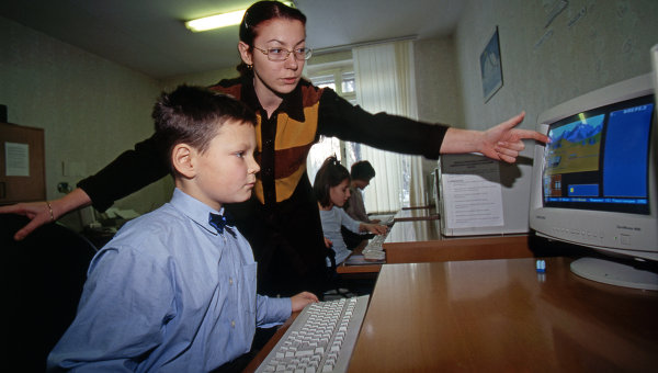 На уроке информатики
