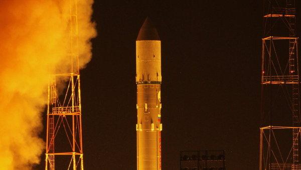 Пуск ракеты Протон-М с военным спутником. Архивное фото