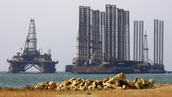 Нефтяные платформы. Архивное фото