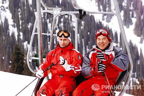 Путин и Назарбаев вместе покатались на лыжах