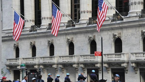 США: личные расходы вначале лета остались крепкими,— Wells Fargo