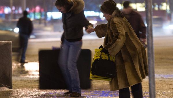 Последствия ледяного дождя в Москве. Архивное фото
