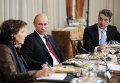 Встреча премьер-министра РФ В.Путина с главными редакторами ведущих иностранных изданий