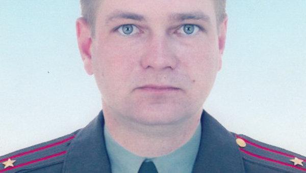 Командир батальона связи майор Сергей Солнечников