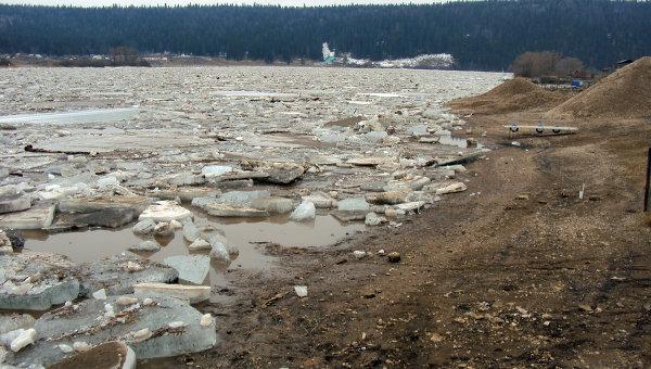 Паводок и ледовый затор в Башкирии