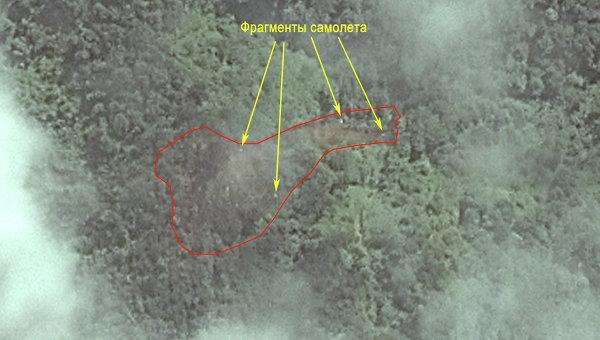 Место крушения самолета Sukhoi SuperJet-100 на восточном склоне горы Салак, Индонезия
