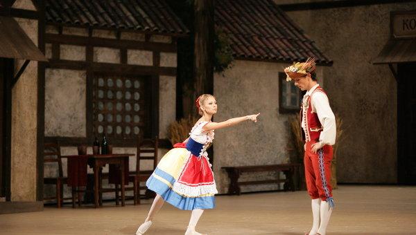 Сцена из балета Коппелия. Гастроли Большого театра в США