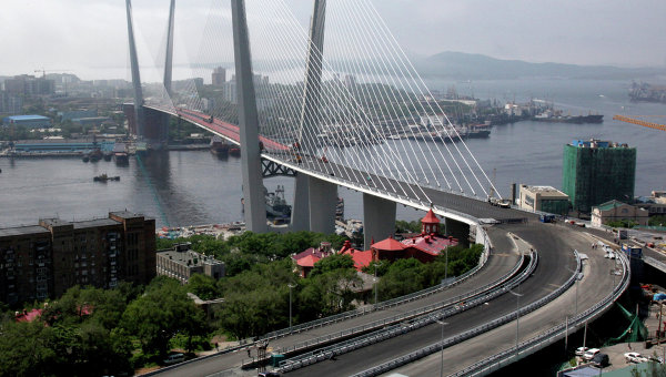 Строительные объекты к саммиту АТЭС-2012 во Владивостоке. Архив