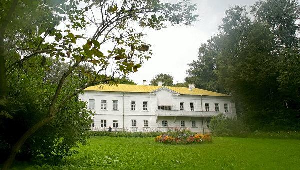 Дом писателя Льва Толстого в музее-усадьбе Ясная Поляна