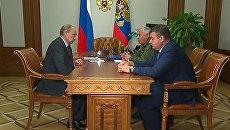 Сердюков рассказал Путину, когда закроет очередь по жилью для военнослужащих