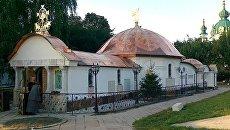 В Киеве монахи захватили Старокиевскую гору