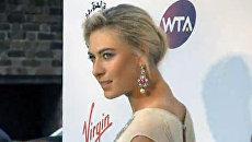Шарапова появилась на вечеринке перед Уимблдоном в роскошном платье