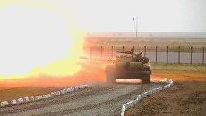 Танкисты обстреляли противника из всех орудий на полигоне в Астане