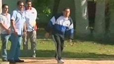 Чавес игрой в шары с министрами продемонстрировал свое самочувствие