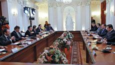 Президент РФ Д.Медведев провел встречу с представителями иностранных деловых кругов