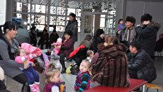 Эвакуационный пункт в спорткомплексе Субедей, куда собираются жители Кызыла после землетрясения