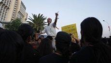 Демонстрации несогласных с результатами выборов в Тунисе