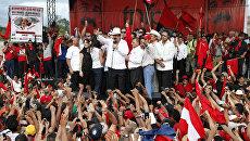 Бывший президент Гондураса Мануэль Селайя, свергнутый в результате государственного переворота в июне 2009 года, вернулся на родину