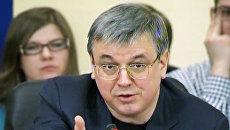 Кузьминов призвал не кидаться лозунгами, а обсуждать суть законопроекта