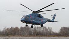Первый полет нового среднего гражданского транспортно-пассажирского вертолёта Ми-38. Архивное фото