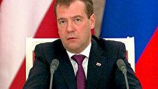 Медведев: происходящее в Белоруссии - внутреннее дело соседней страны