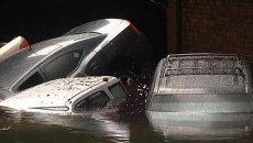 Ураган Сэнди оставил в Нью-Йорке разруху и кучу затопленных машин